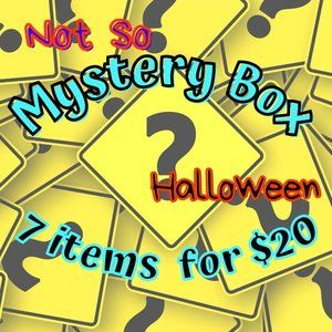 🎃 7 pc Halloween Not So Mystery Box